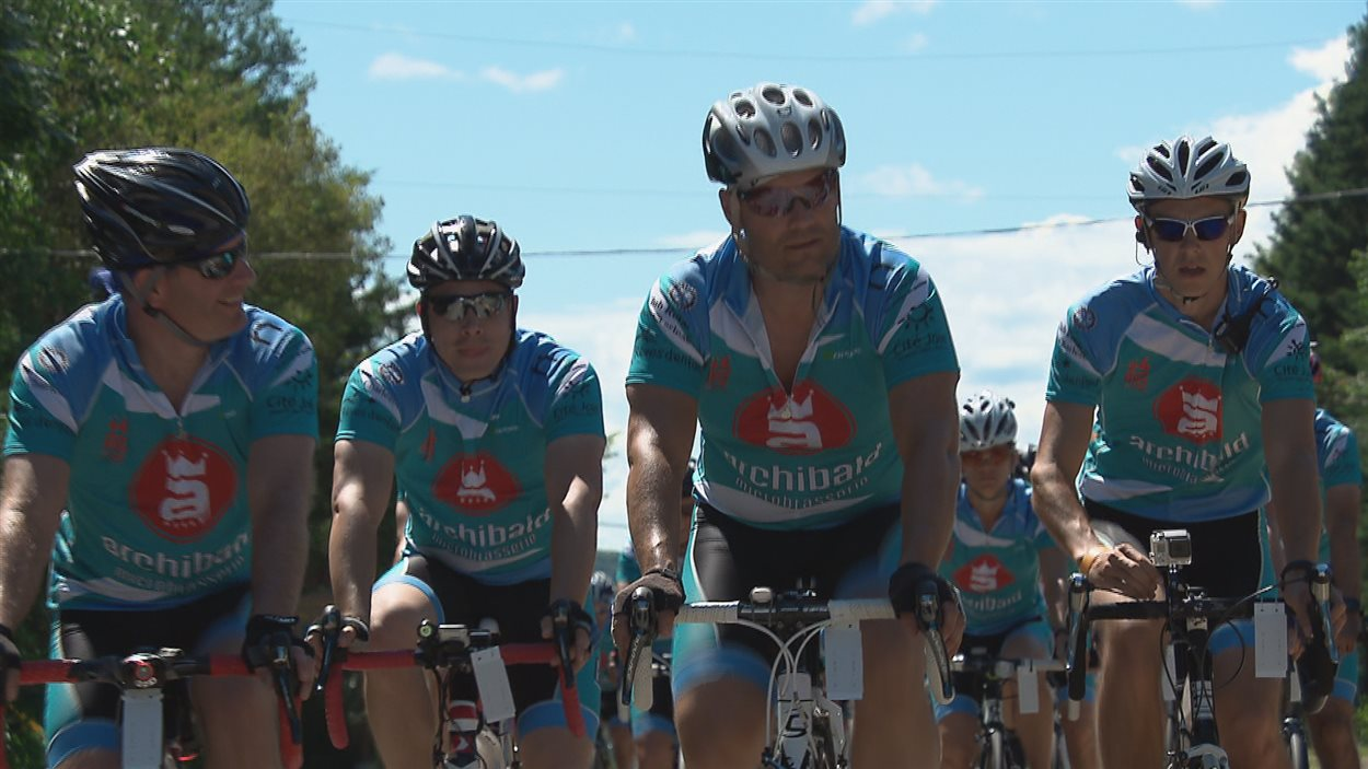 Des cyclistes au lac Beauport