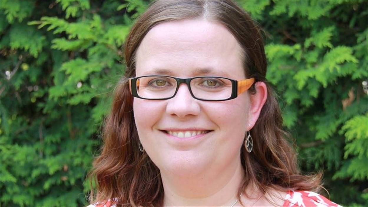 Emilie Taman brigue l'investiture néo-démocrate dans Ottawa-Vanier. Elle est la fille de Louise Arbour, qui a été juge à la Cour suprême du Canada, procureure du Tribunal pénal international pour l'ex-Yougoslavie et haute-commissaire aux droits de l'homme des Nations Unies.