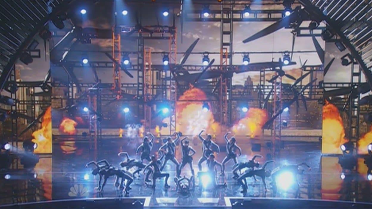 Les 14 danseuses de la troupe DM Nation en ont mis plein la vue hier soir à New York.