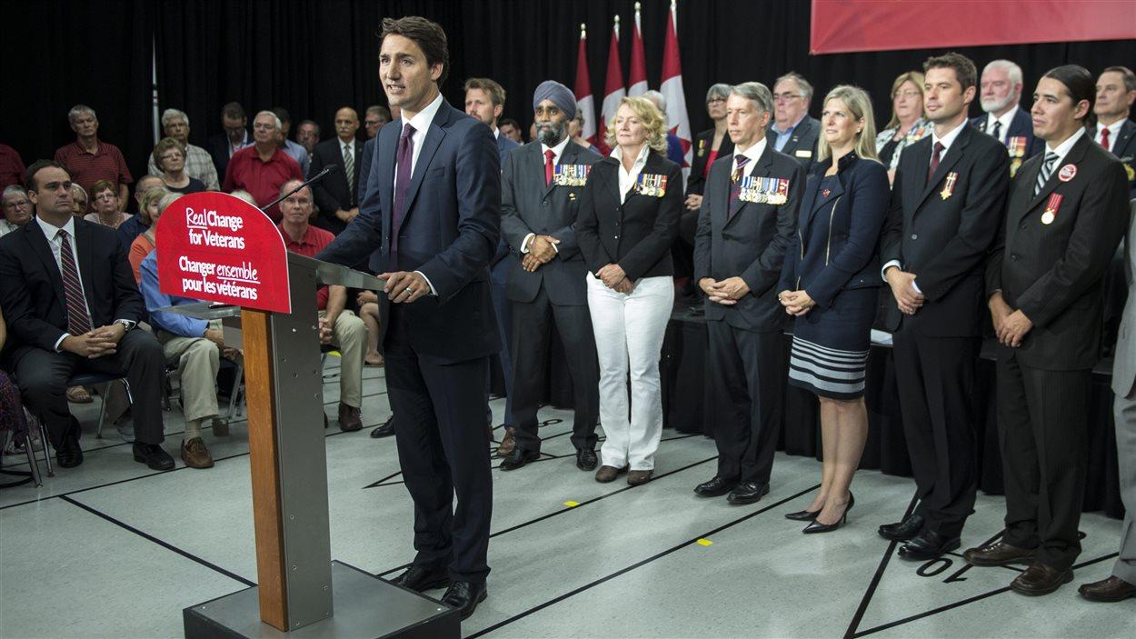 Justin Trudeau s'est adressé à des partisans libéraux et à des vétérans.