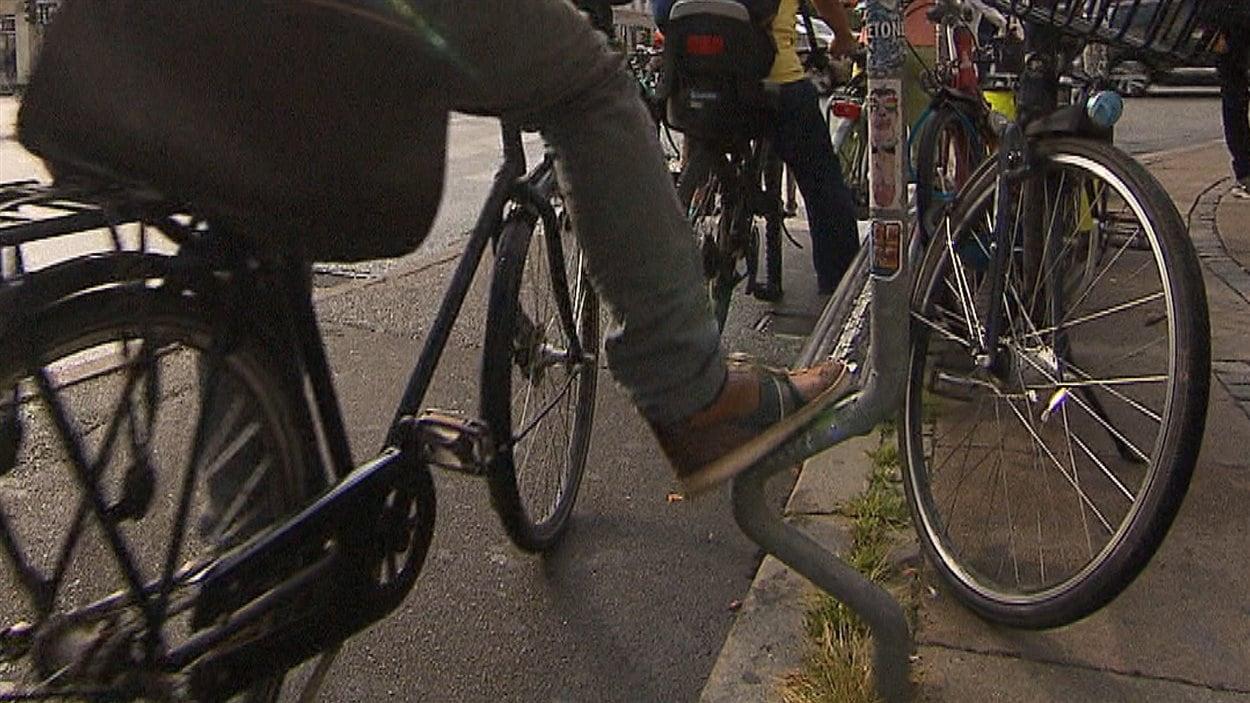 Repose-pieds pour cyclistes à Copenhague