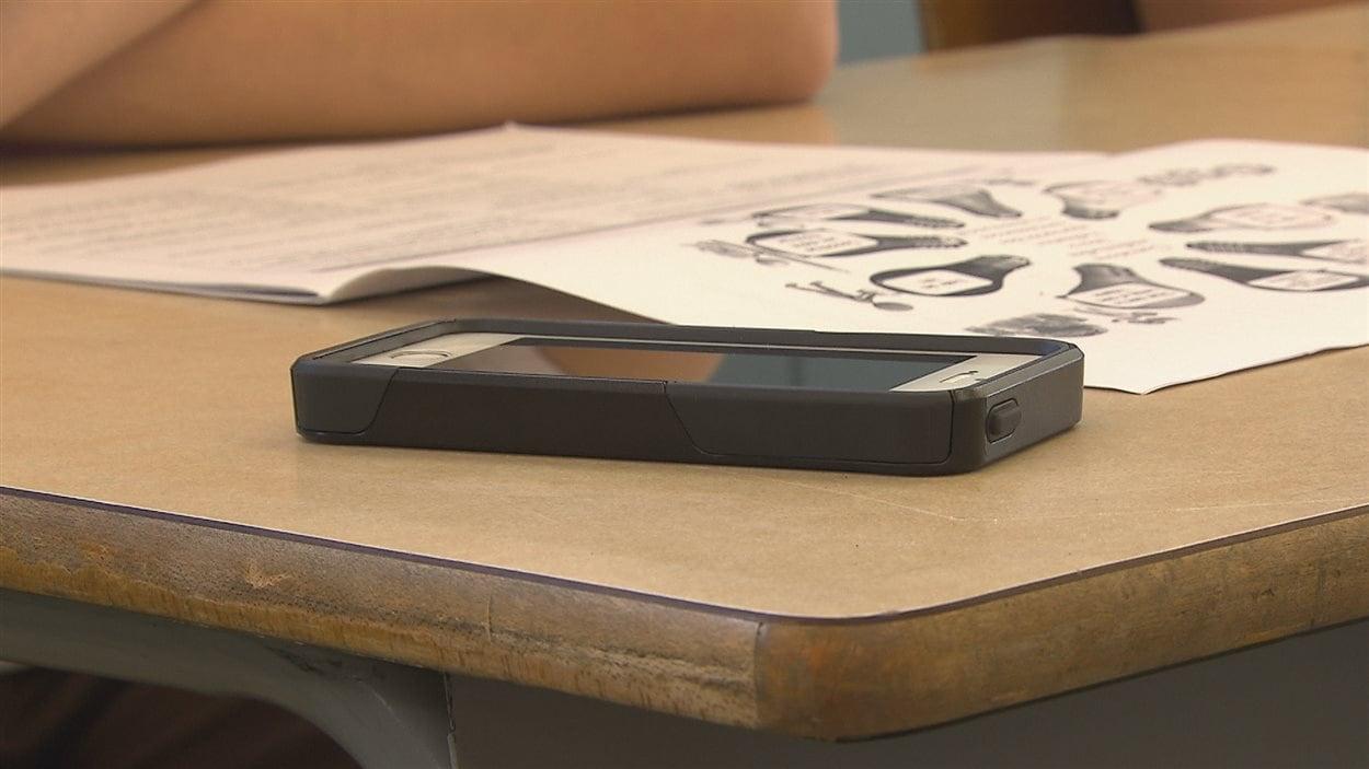 Téléphone intelligent en classe
