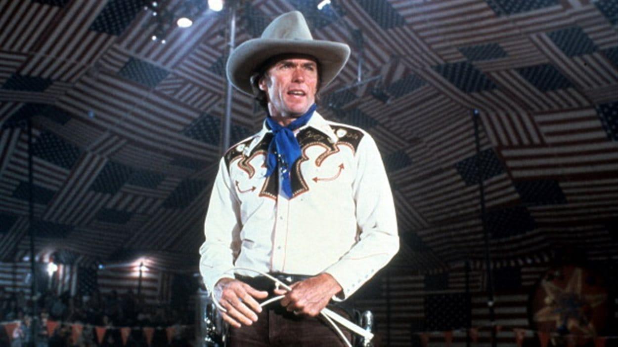 L'acteur Clint Eastwood dans le film Bronco Billy, 1980