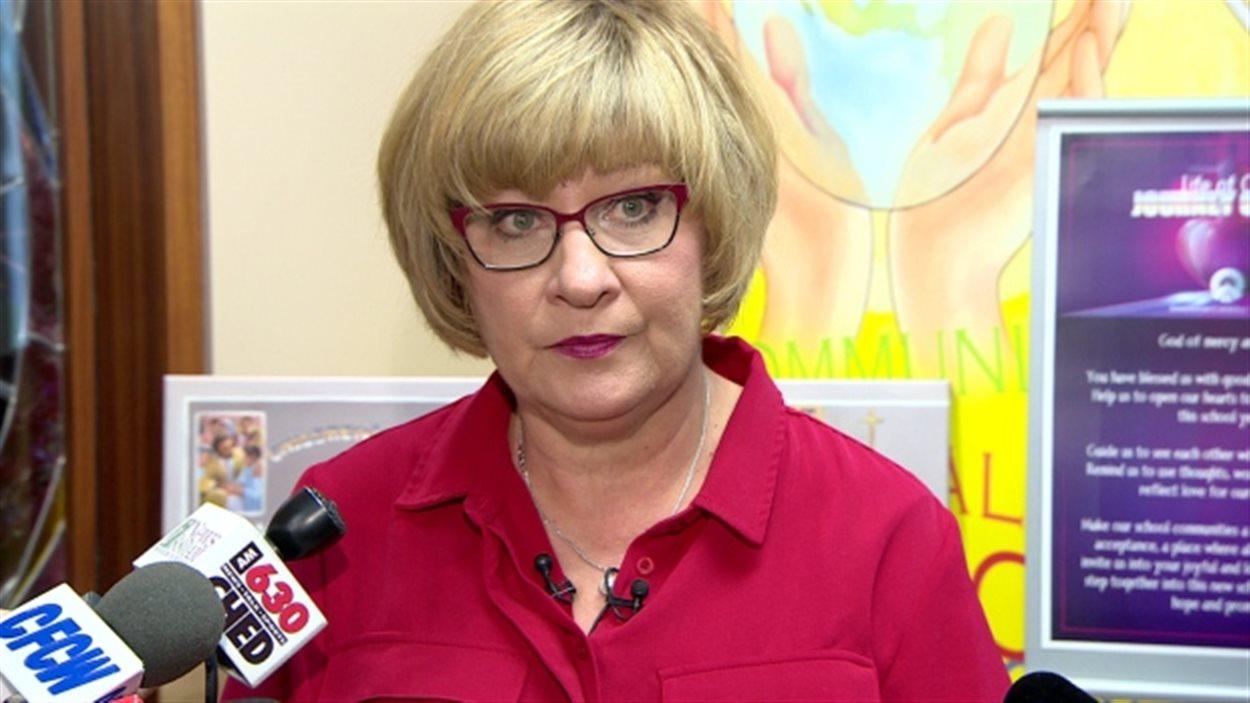 Debbie Engel, présidente du Conseil scolaire catholique d'Edmonton.