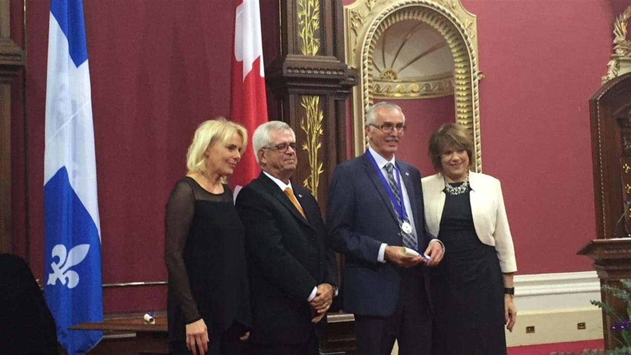 L'avocat fransaskois Roger Lepage a reçu l'Ordre des francophones d'Amérique à Québec.
