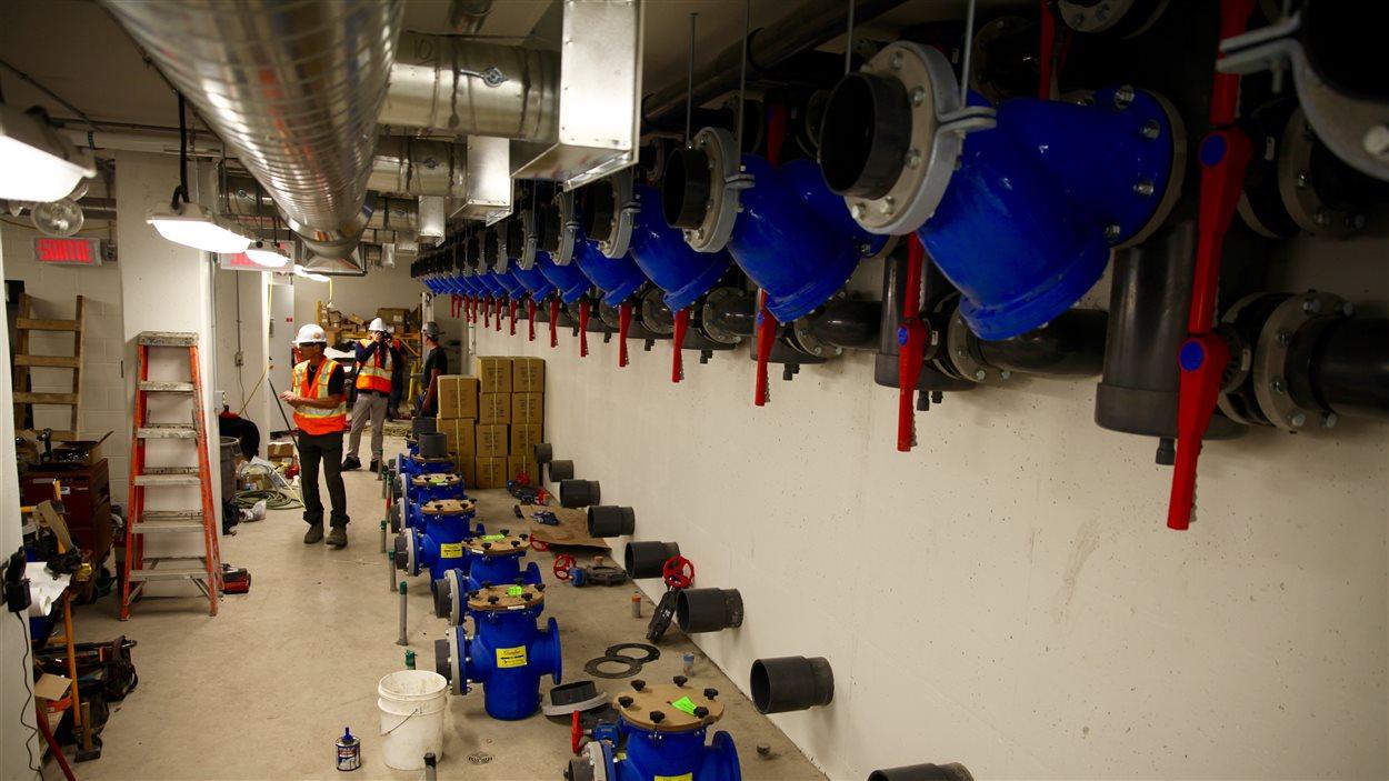 Une série de pompes serviront à projeter les jets d'eau jusqu'à 9 mettre dans les airs.