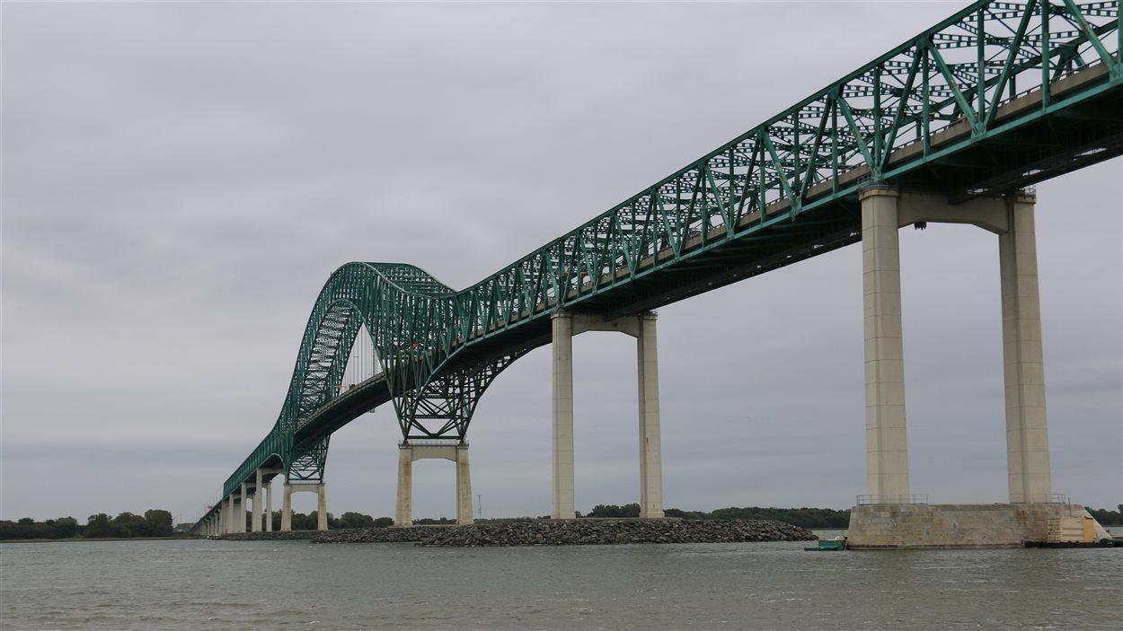 Le pont Laviolette