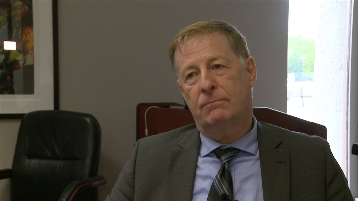 Le maire de Laval, Marc Demers, remet en question l'adhésion de sa ville à l'Union des municipalités du Québec dans la foulée de l'adoption du pacte fiscal.