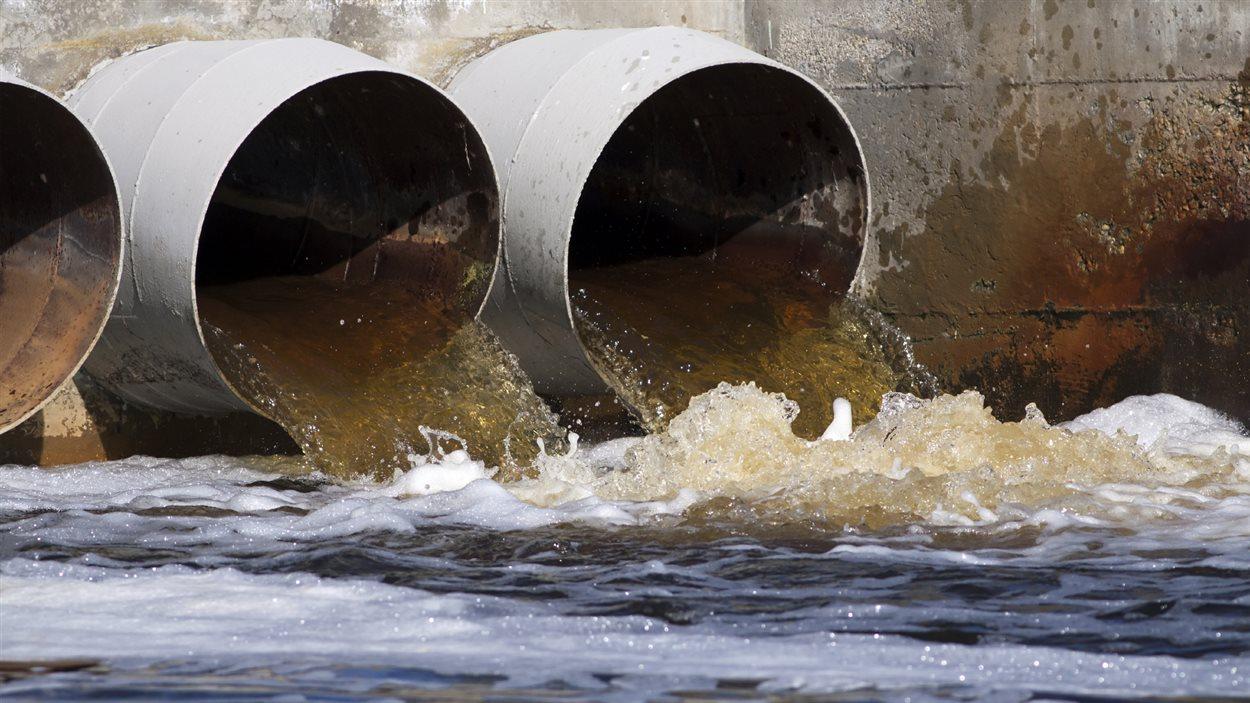 Déversement d'eaux usées