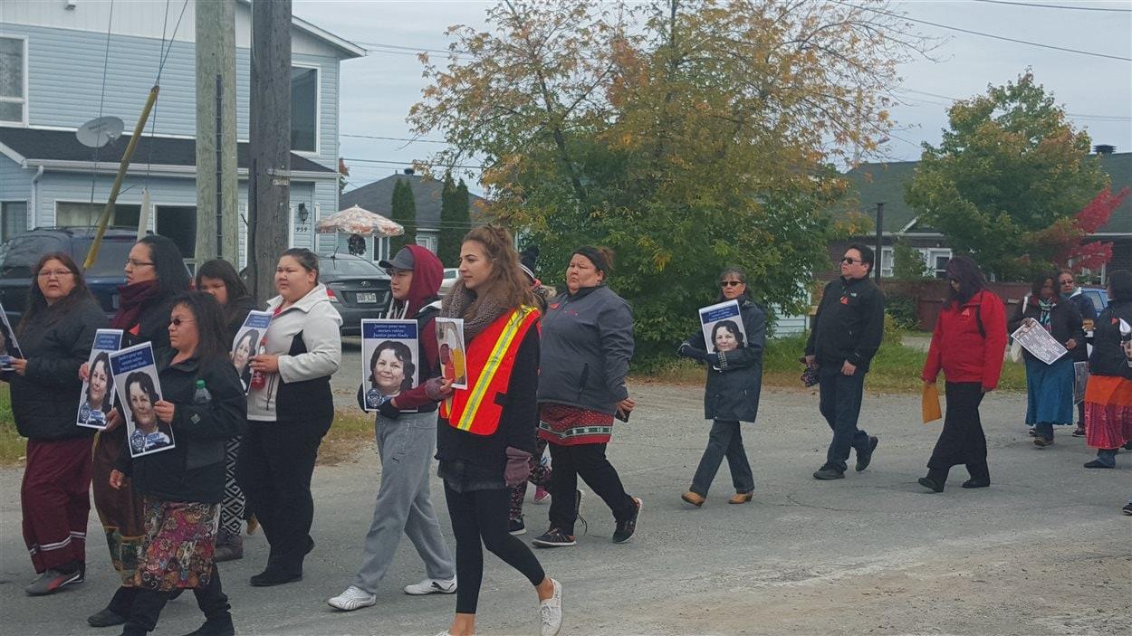 Vigile pour femmes autochtones disparues ou assassinées, Val-d'Or, 4 octobre 2015