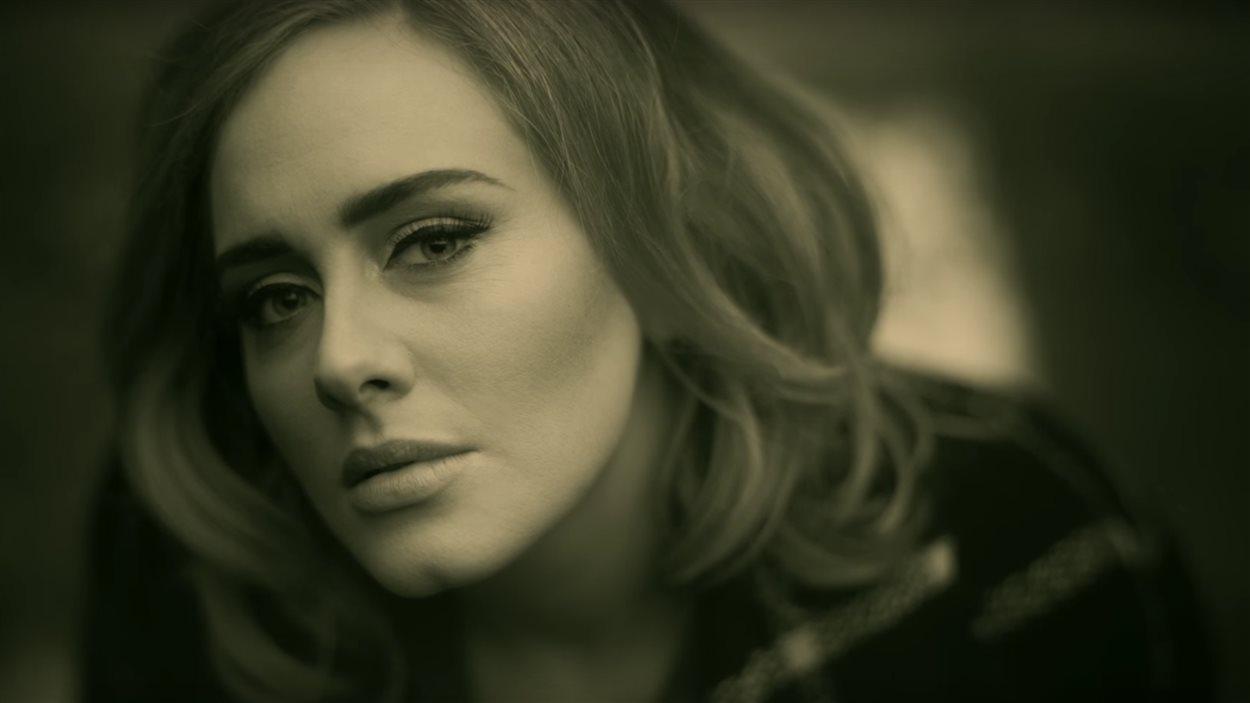 Extrait du clip «Hello» d'Adele, réalisé par Xavier Dolan