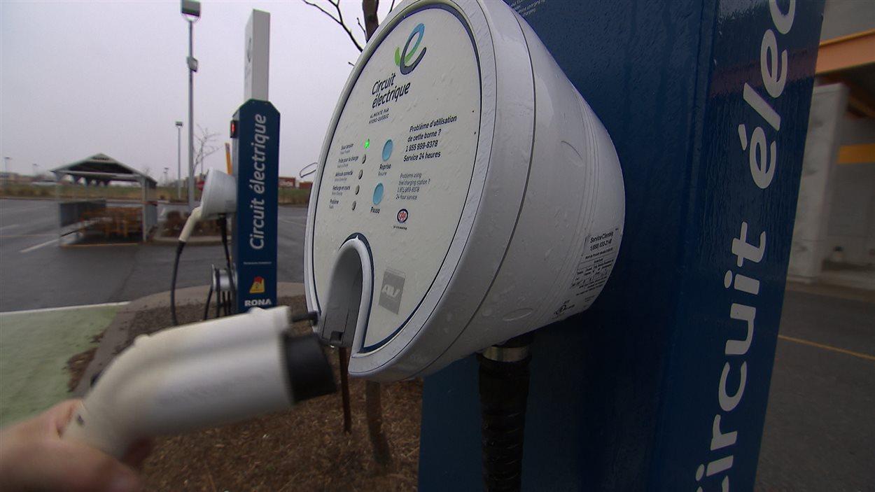 Borne de recharge pour les voitures électriques