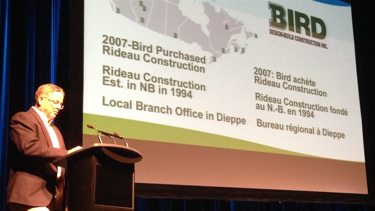 Bird Construction est responsable de la construction du bâtiment.