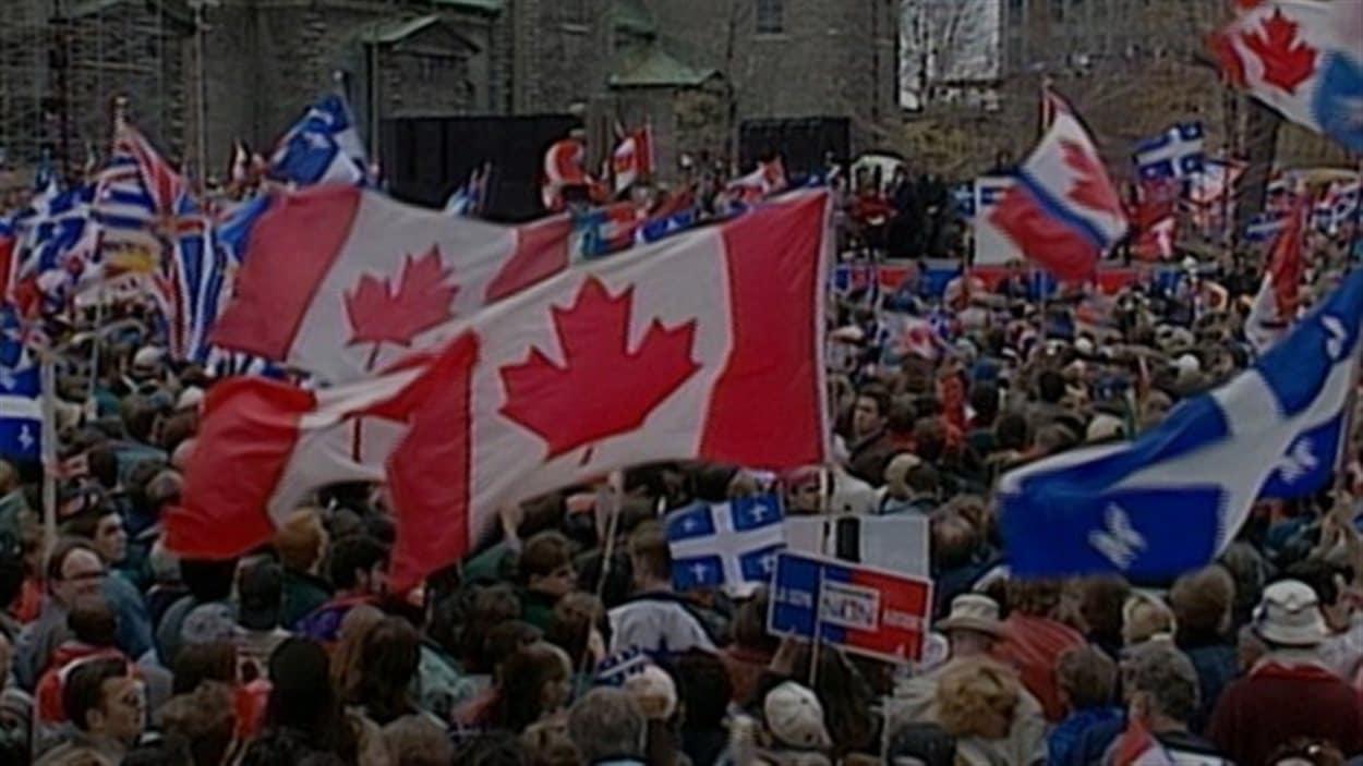 Le grand rassemblement du camp du Non le 27 octobre 1995 à Montréal