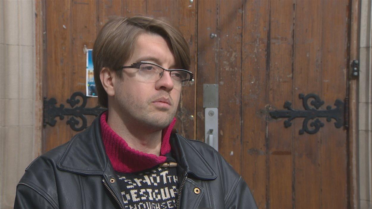Christophe Gagnon-Lavoie croit qu'il n'y a pas de place pour deux librairies francophones à Toronto.