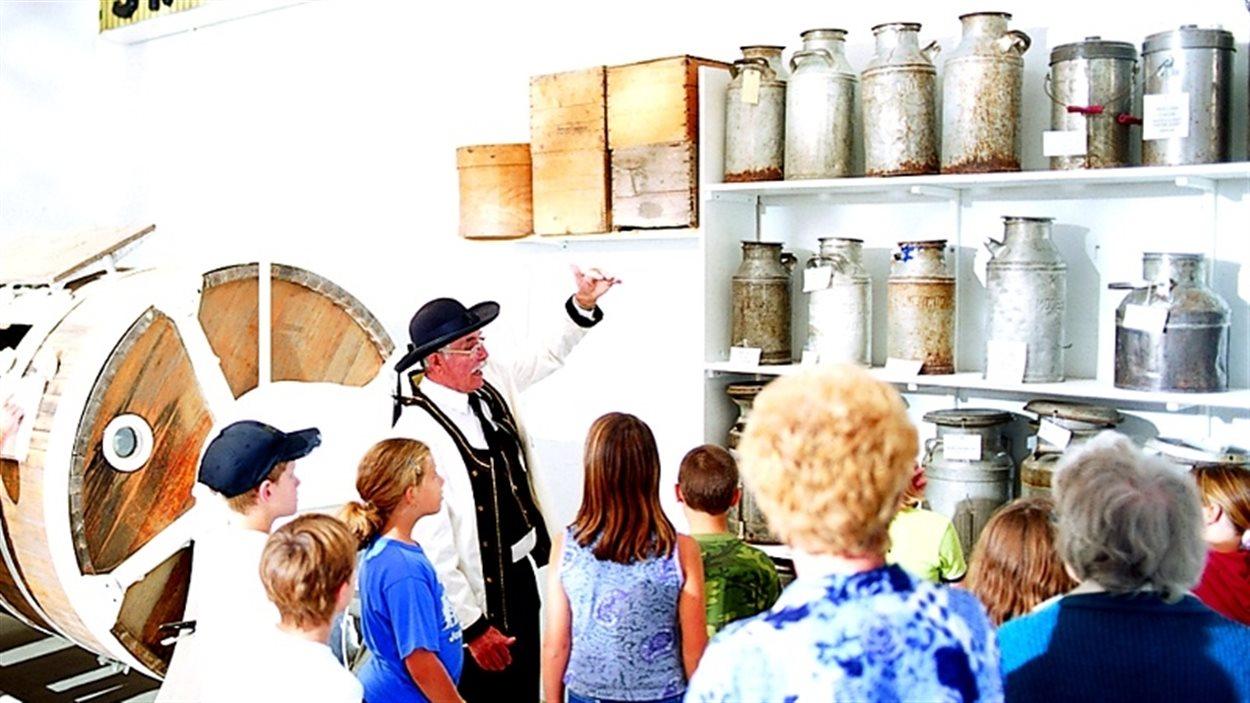Une visite guidée au musée laitier de St Claude, au Manitoba