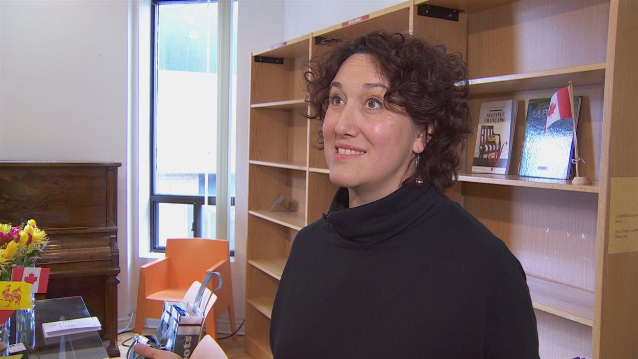 Happie Testa ouvrira la Librairie Mosaïque le 30 novembre à l'Alliance française.