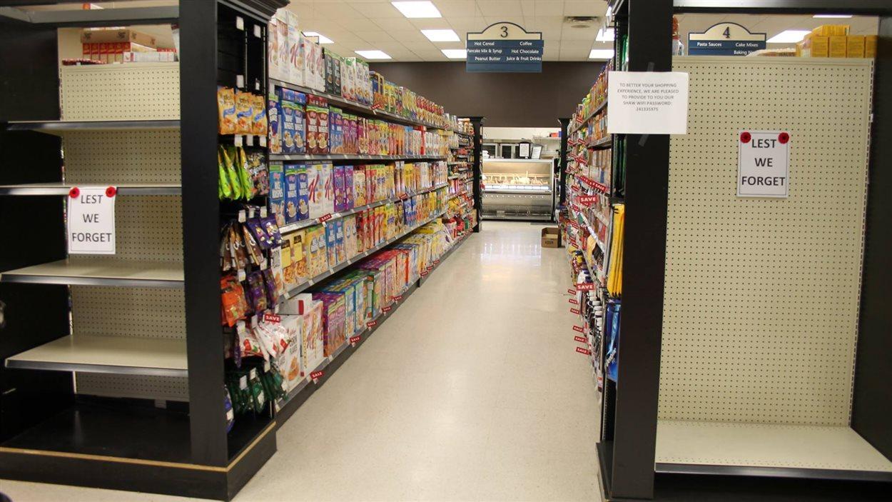 L'épicerie Bigway à Saint-Pierre-Jolys refuse de vendre des articles de Noël avant le jour du Souvenir