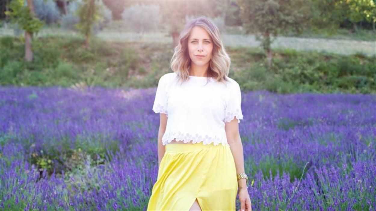 Rachelle Saevil a échappé de justesse les attentats récents à Paris grâce à un simple concours de circonstances.