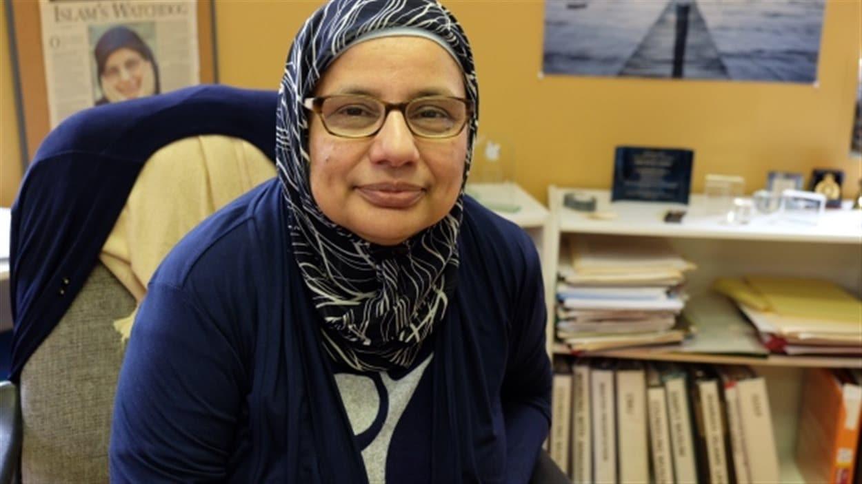 « Il ne faut pas oublier que ces réfugiés ne sont pas des radicalisés de l'État islamique : ils essaient de s'échapper à l'État islamique en Syrie », rappelle Shahina Siddiqui, présidente de l'Association des services sociaux islamiques, à Winnipeg, faisant référence à une lettre émise par les premier ministre de la Saskatchewan, Brad Wall.