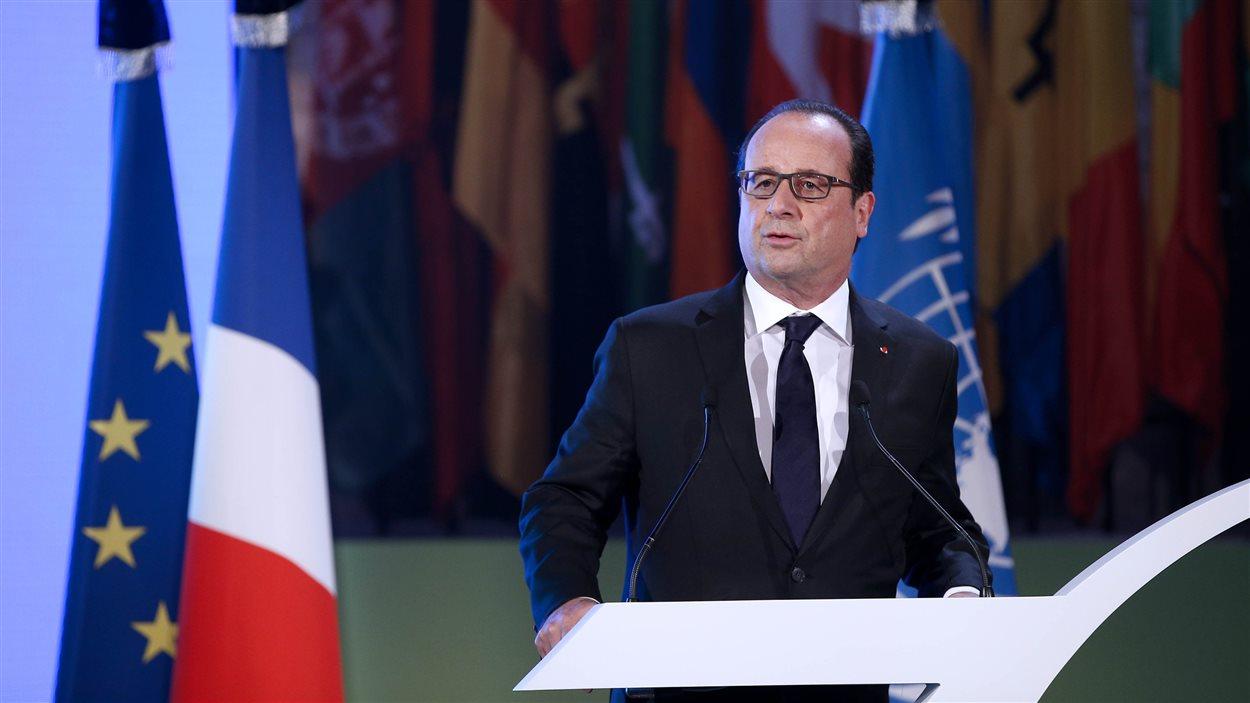Devant l'UNESCO à Paris, mardi, le Président français François Hollande a rappelé cette « volonté de faire prévaloir l'éducation, la culture et la science contre le fanatisme et le totalitarisme. »