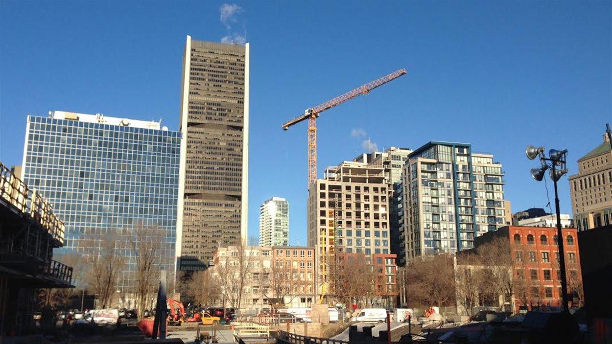 De nouveaux gratte-ciel à Montréal