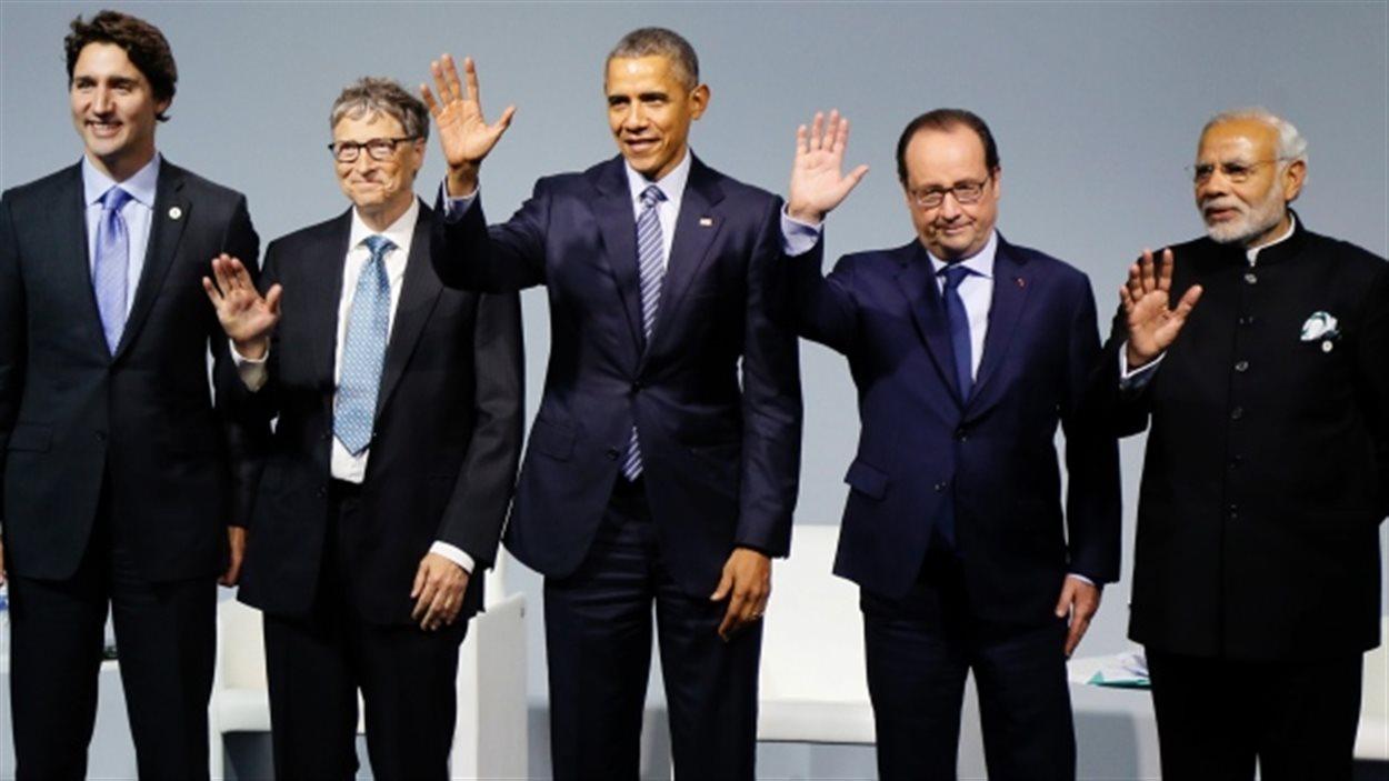 Justin Trudeau aux côtés de Bill Gates, Barack Obama, Francois Hollande,et Narendra Modi à la COP21 le 30 novembre.