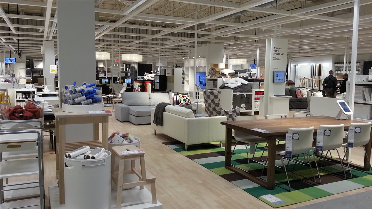 Le centre de distribution d'Ikea a ouvert ses portes à Québec.