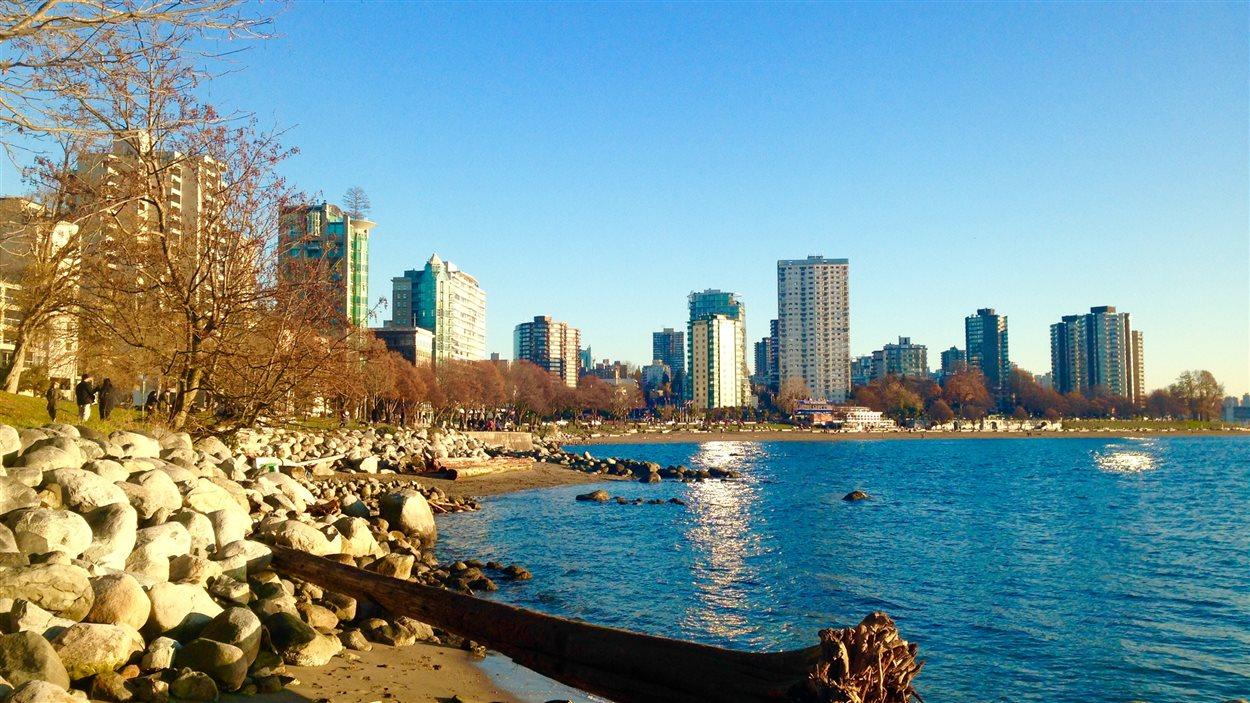 Le SeaWall de Vancouver en hiver.
