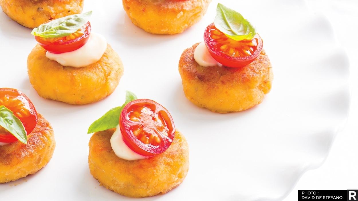 Bouchées de crabcakes, une recette de Ricardo.