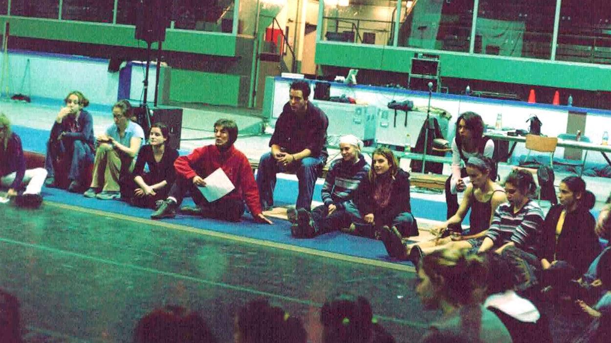 En 1997, l'École de cirque de Québec était installée au Pavillon de la Jeunesse d'ExpoCité.