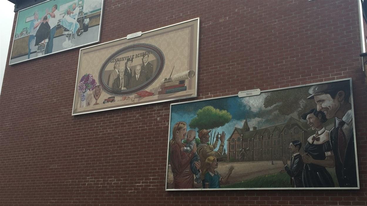 De nouvelles murales sont maintenant affichées dans l'arrondissement Lennoxville de Sherbrooke.