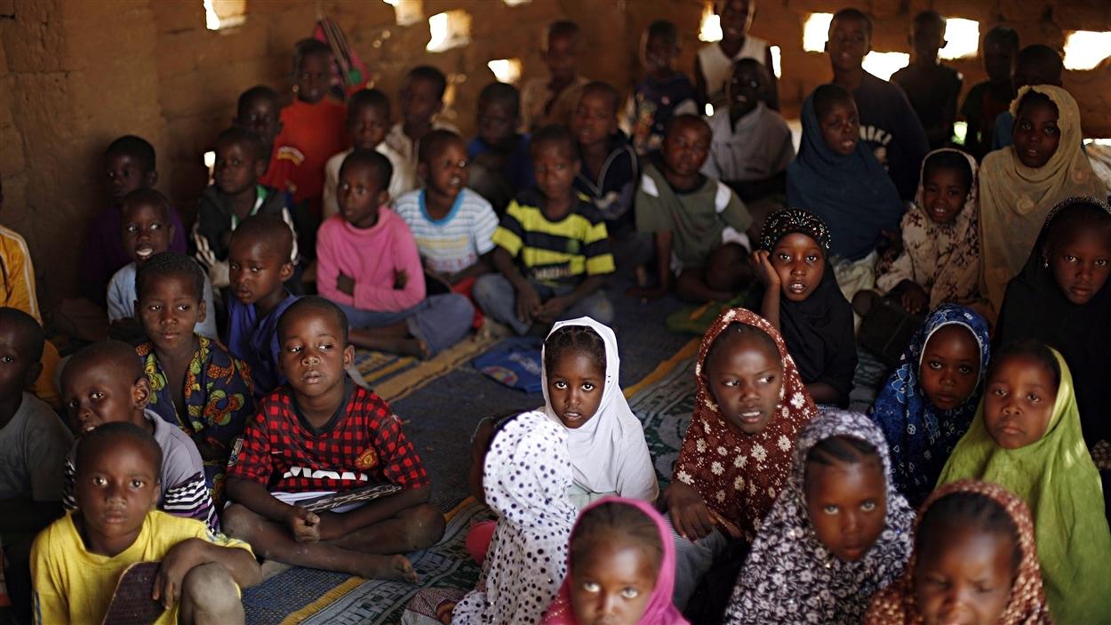 Des milliers d'enfants n'ont plus accès à l'école au Mali.