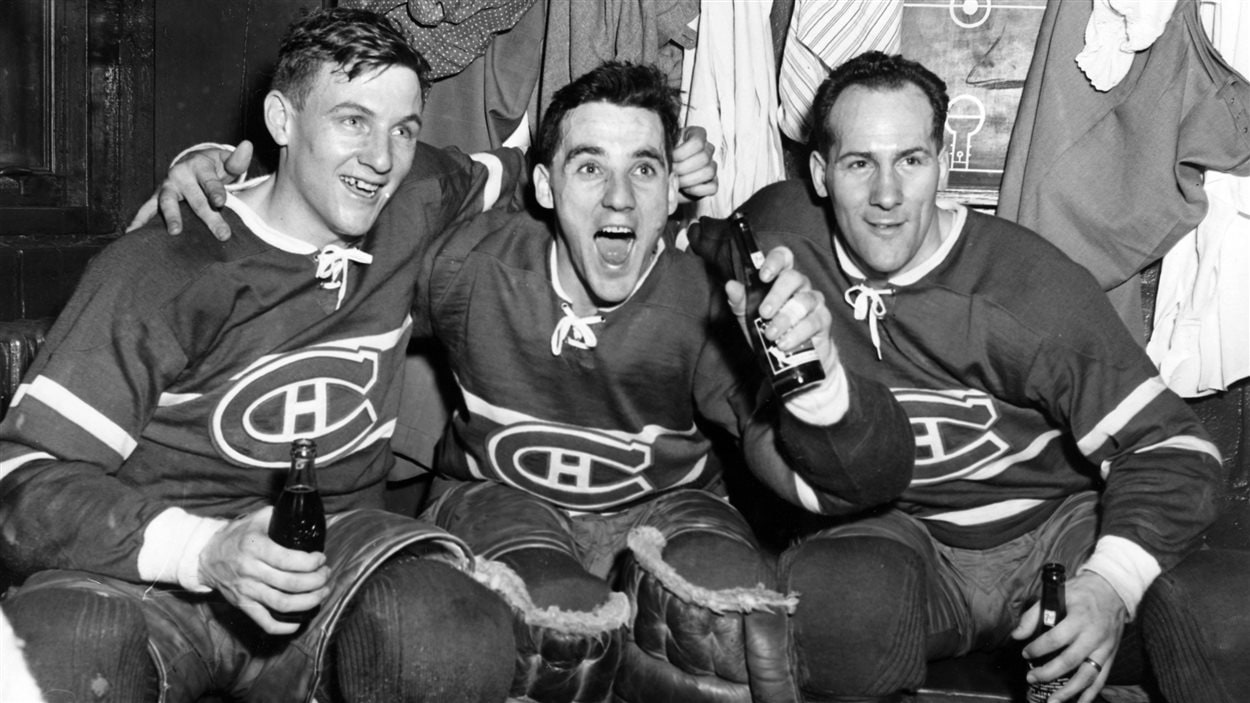 Dickie Moore avec Jacques Plante and Floyd Curry en 1954
