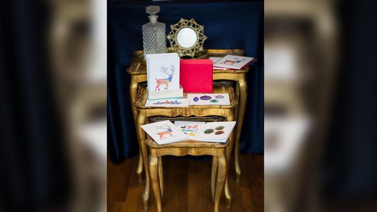L'entreprise de Trois-Rivières Papier Confit produit cinq modèles de cartes de Noël chaque année.