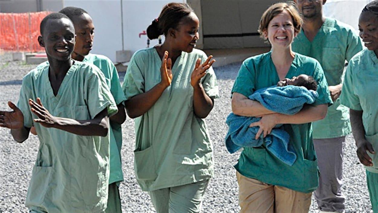 Le dernier patient à avoir contracté le virus Ebola en Guinée a été traité avec succès par Médecins sans frontières.