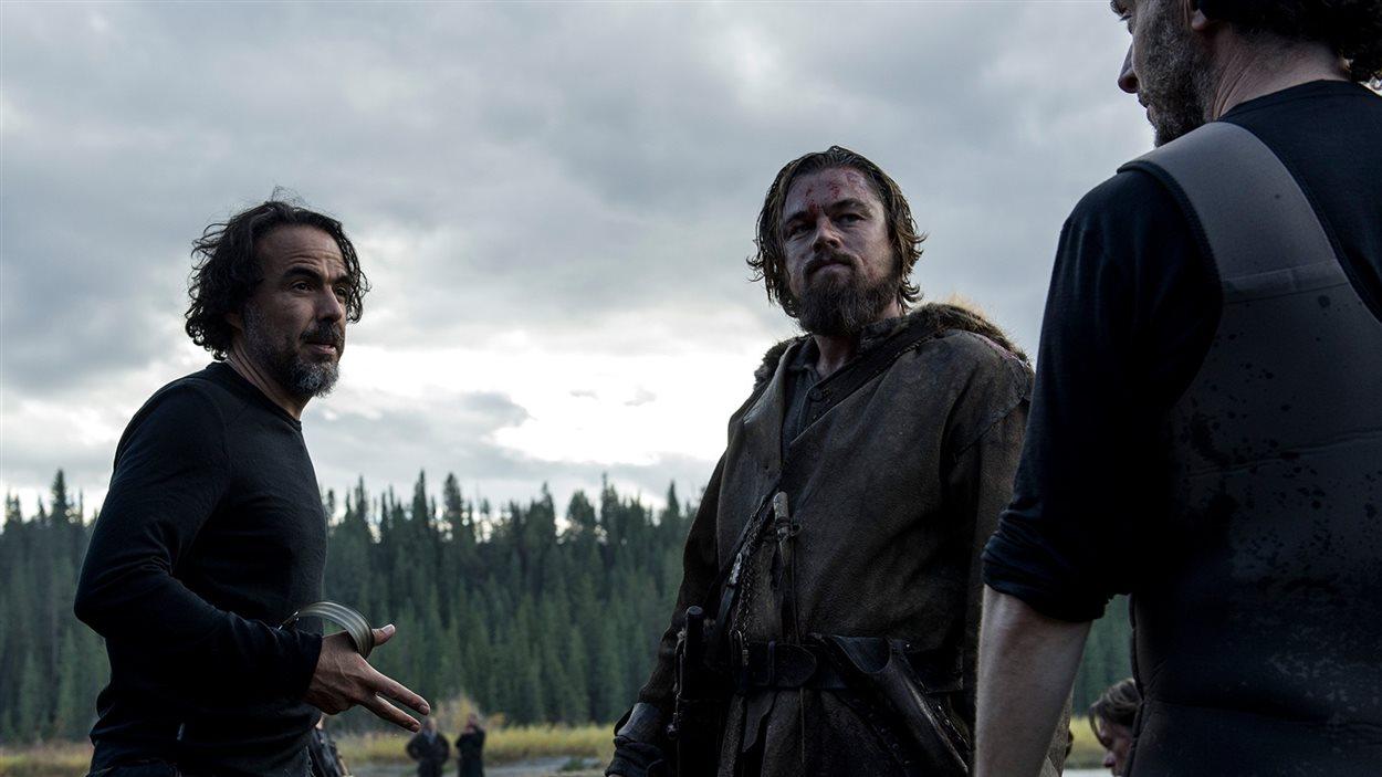 Alejandro Gonzalez Iñárritu et Leonardo DiCaprio lors du tournage du film «Le revenant»