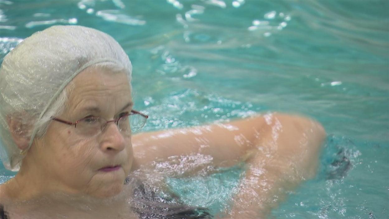 Andrée Fillion-Deslisle, 78 ans, adepte d'aquaforme