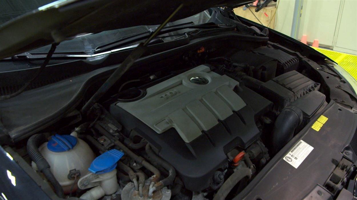Le moteur d'une Golf TDI de Volkswagen