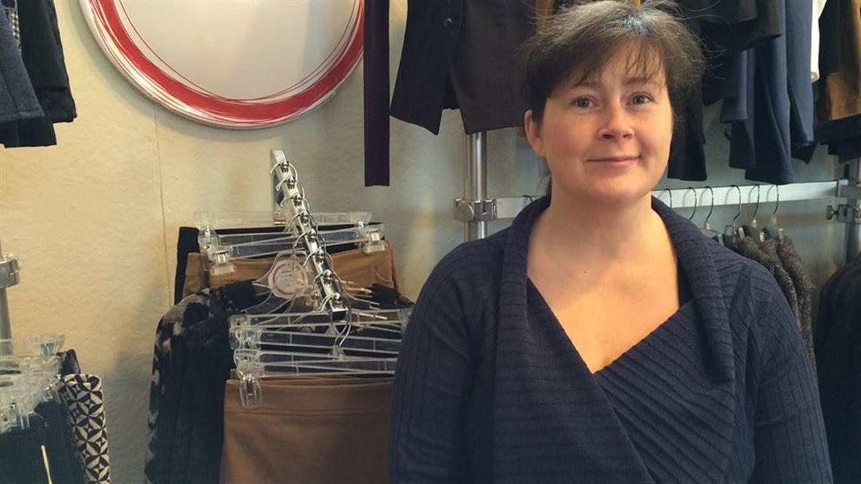 Michelle Secours a ouvert son atelier-boutique à Caplan en 2006, mais sa griffe de vêtements existe depuis 1997