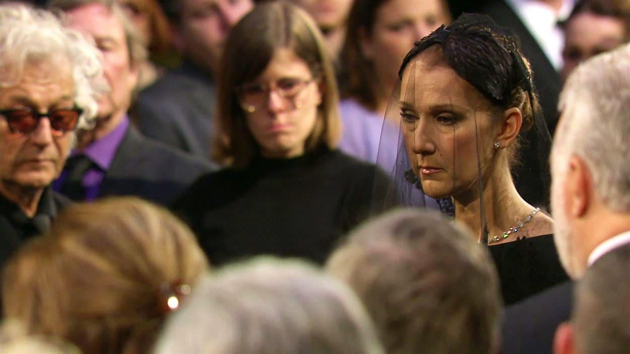 Céline Dion lors des funérailles de René Angélil