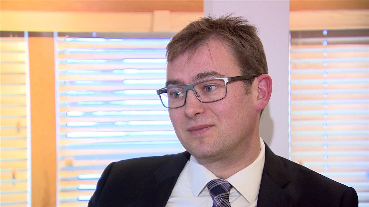 L'avocat en immigration Chris Veeman croit que les citoyens de pays en proie à une instabilité politique peinent davantage à obtenir des visas de visiteurs au Canada.