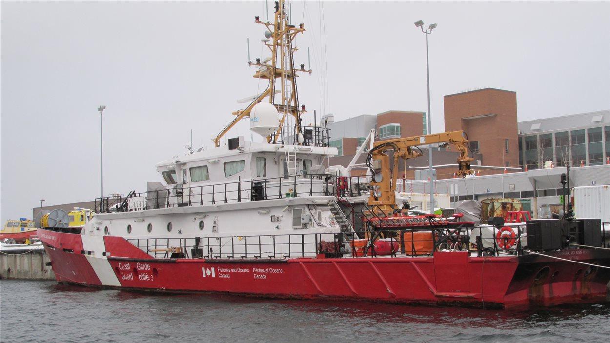 Le NGCC Corporal McLaren M.M.V. a été livré à la Garde côtière canadienne en octobre 2013.
