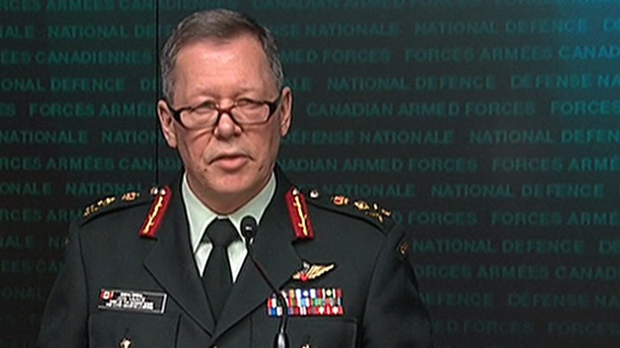 Le chef d'état-major des Forces armées canadiennes, Jonathan Vance