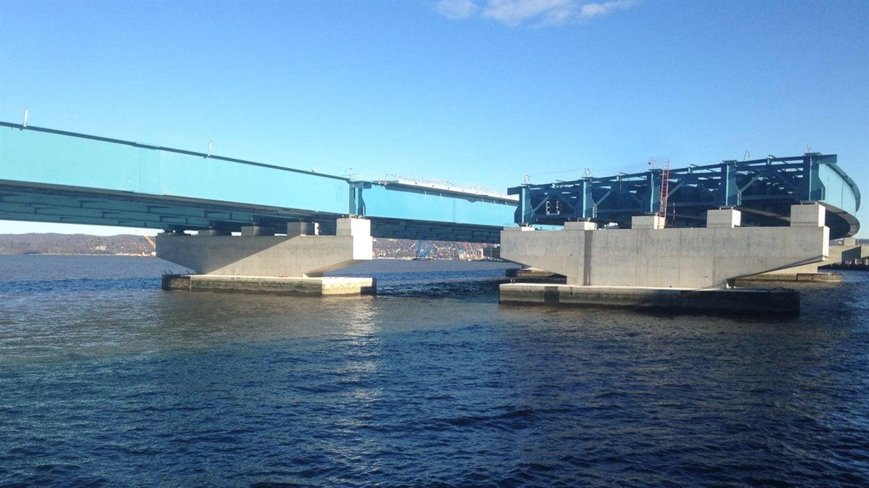 Construction du pont Tappan Zee sur l'Hudson