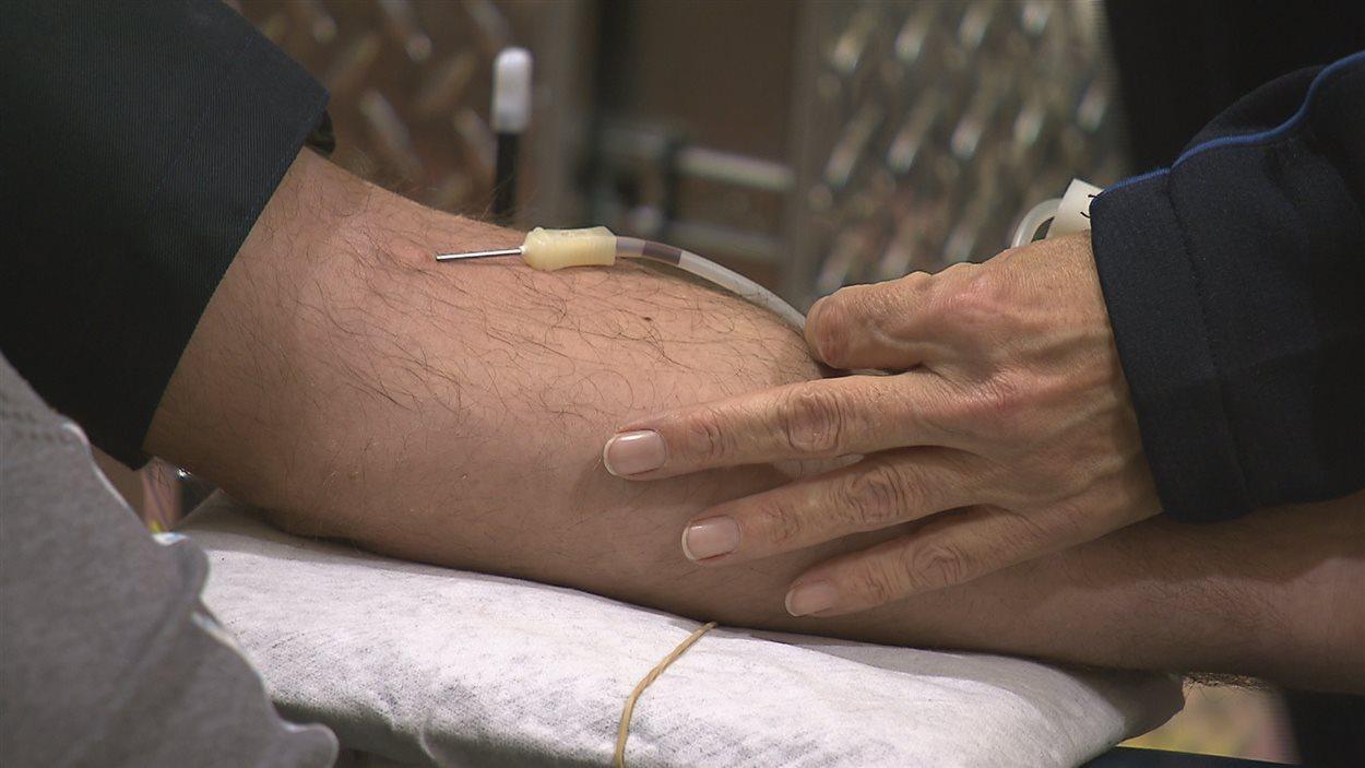 Il existe 60 critères d'exclusion pour donner du sang au Québec.