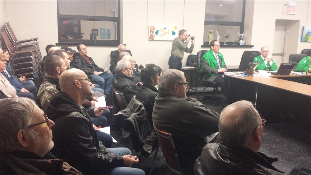 Une trentaine de citoyens ont assisté au conseil municipal de Malartic