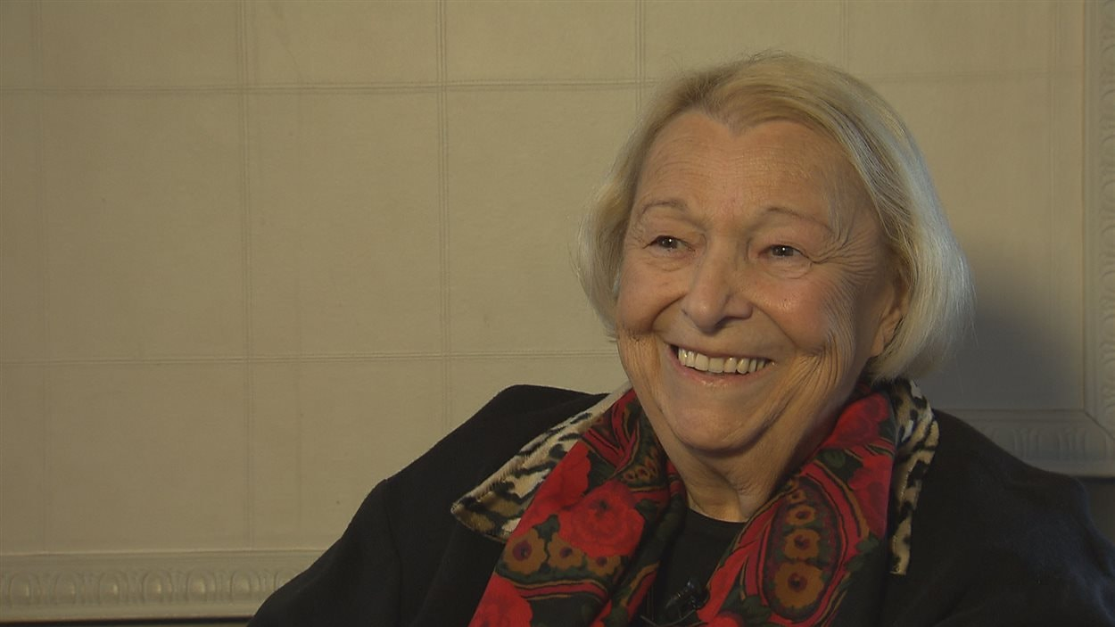Lise Payette lors de sa visite à Sherbrooke
