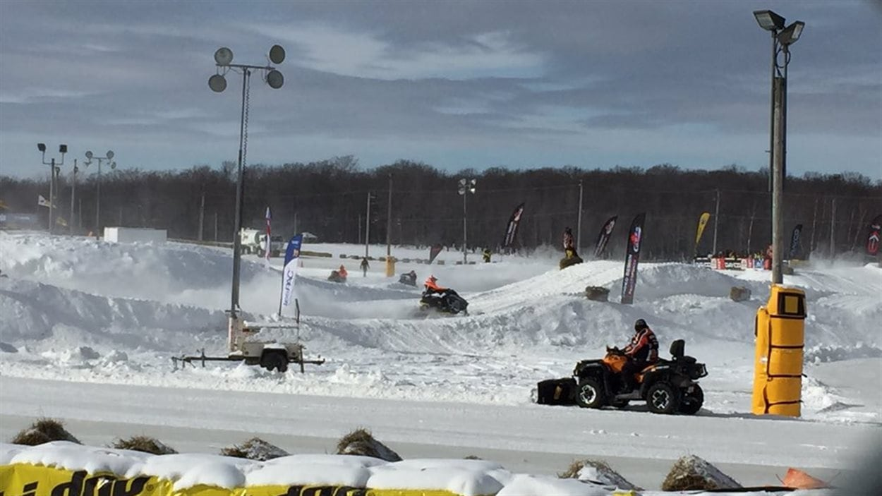 Essais au Grand Prix Ski-Doo de Valcourt