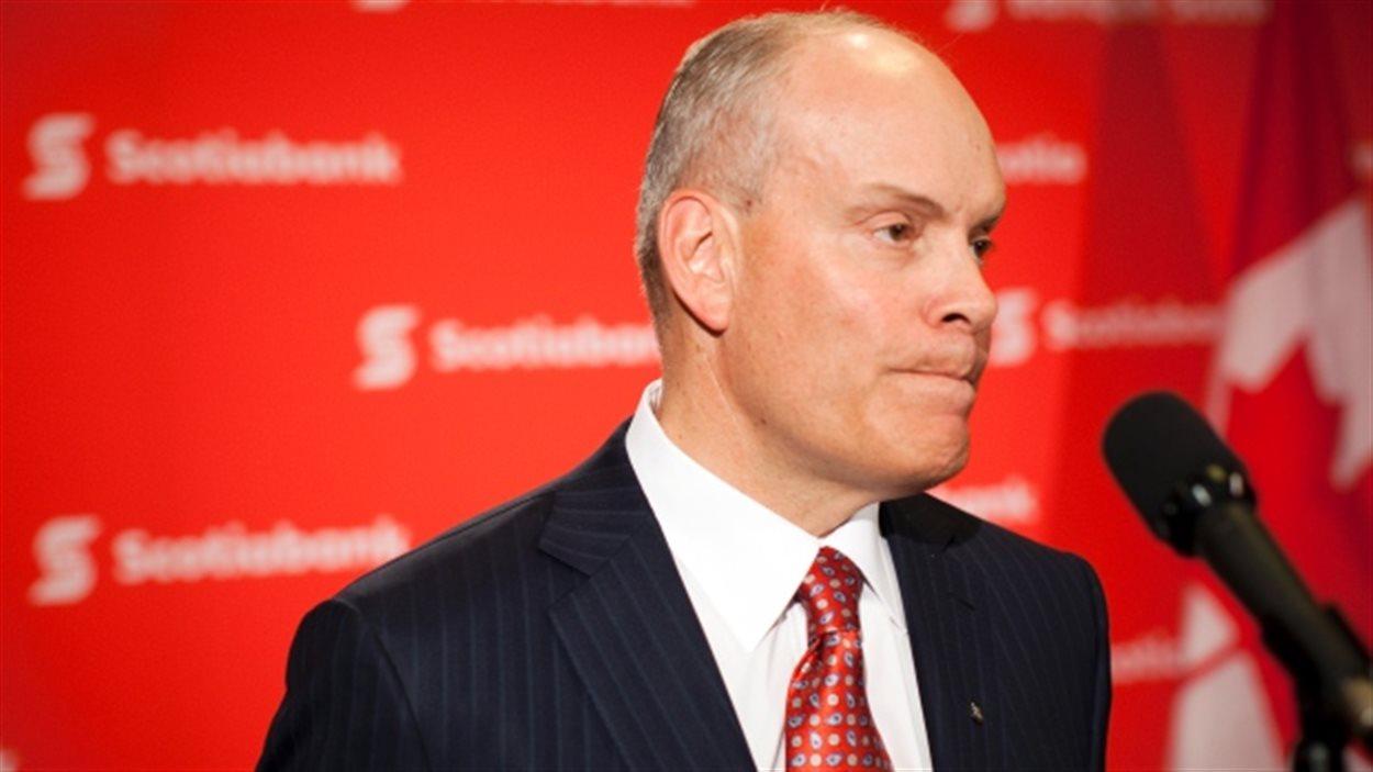 Le président et chef de la direction de la Banque Scotia, Brian Porter, à l'assemblée générale annuelle de l'entreprise d'avril 2014, à Kelowna en Colombie-Britannique.